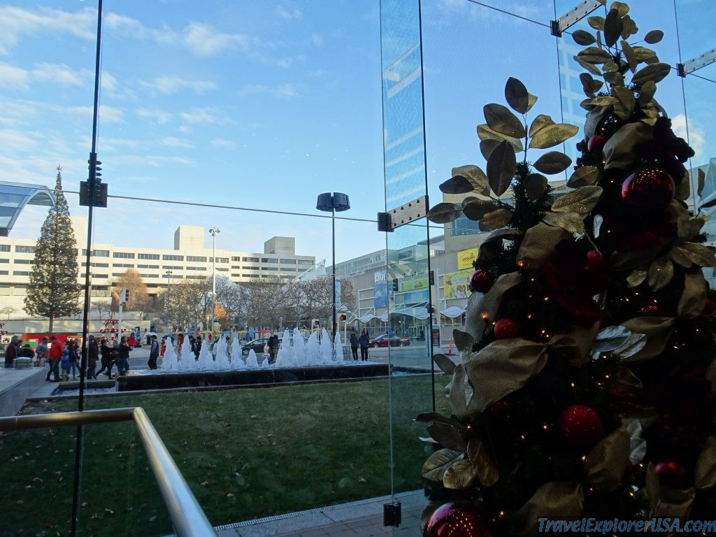Christmas Crown Center Kansas City USA